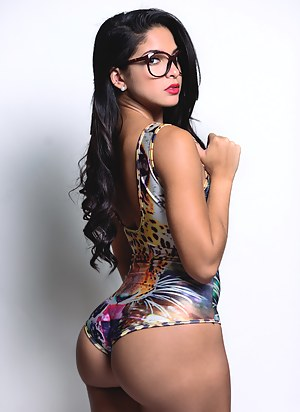 Hot Big Ass Swimsuit Porn Pictures