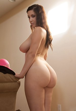 Hot Big Ass Busty Porn Pictures