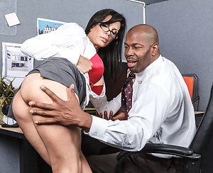 Hot Big Ass Secretary Porn Pictures