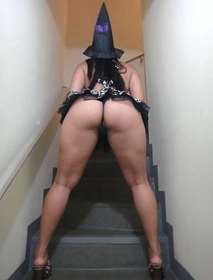 Hot Big Ass Upskirt Porn Pictures
