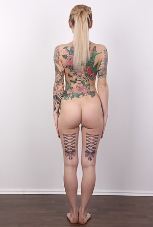 Hot Inked Big Ass Porn Pictures