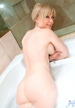 Hot Big Wet Ass Porn Pictures